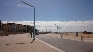 The new boulevard, with an excellent cycle path and parking, built upon a dike