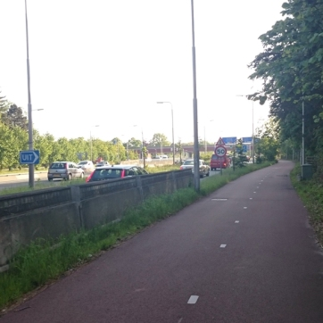 The cycle path alongside the N44