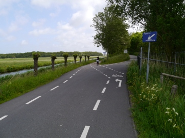 Slightly unusual configuration as the cycle lane leaves the road at the start of the cycle path