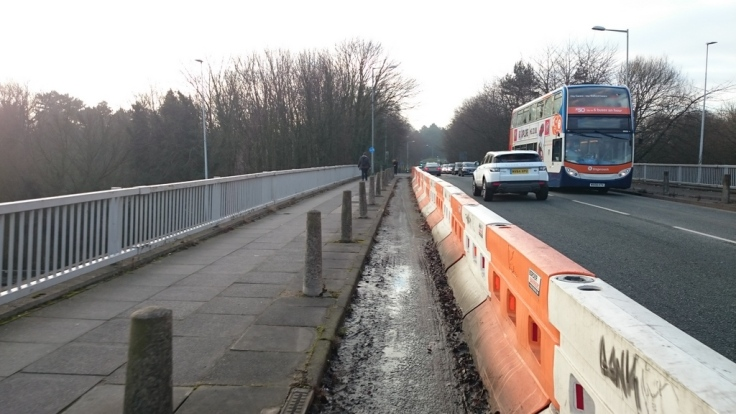 Unfinished section of Stockport Cycleway over M60, 1.5 years and counting
