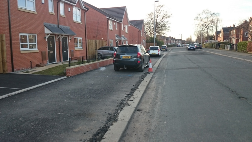 Pavement parking at new houses