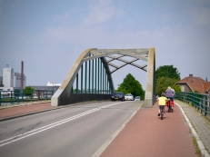 Riding over a bridge on Straatweg