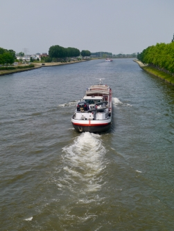 Crossing the Amsterdam–Rhine Canal