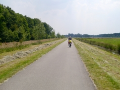 Heading towards De Haar Castle