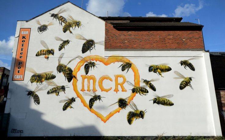cashless-bee-mural